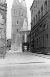 ARH Slg. Janthor 0005, Marktkirche, Hannover, 1945