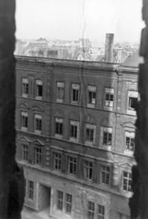ARH Slg. Janthor 0026, Blick aus der im Wiederaufbau befindlichen Marktkirche auf die zerstörte Innenstadt, Hannover, 1947