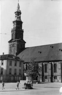 ARH Slg. Janthor 0056, Neustädter Markt und Kirche, Hannover, 1943