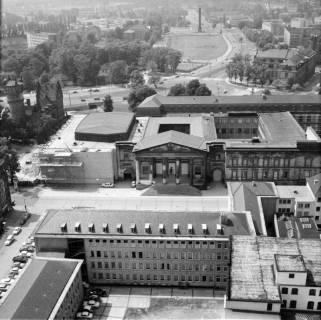 ARH NL Koberg 20, Blick von der Marktkirche auf das Leineschloss, 1962